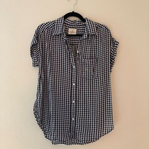 American Eagle Gingham Plaid Button Up